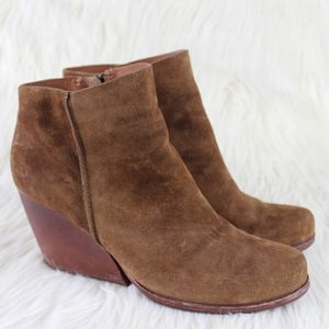 Kork-Ease Natalya Suede Wedge Ankle Boots Size 9
